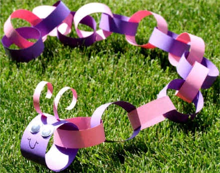 caterpillar-paper-chain-craft