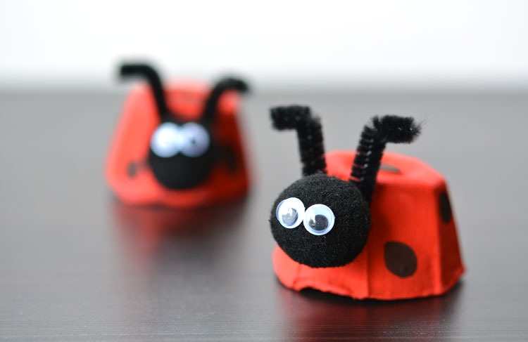 egg-carton-ladybugs-craft