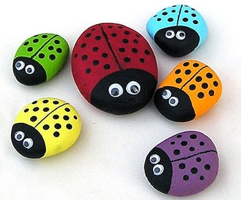 painted-rock-ladybugs-craft